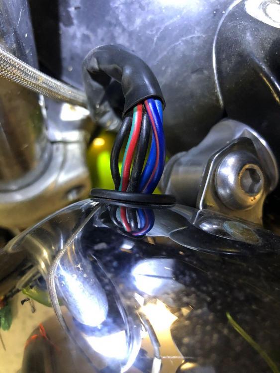 Scheinwerfer_SpeedTripleT509.jpg